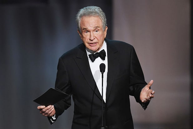 Warren Beatty returns to the scene of the Oscar fiasco, again facing a crowd of the most influential people in the film industry at the AFI Life Achievement Award on June 8, 2017. (Getty Images)