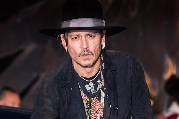 Johnny Depp Paid $7000 For A Couch From KUWTK …