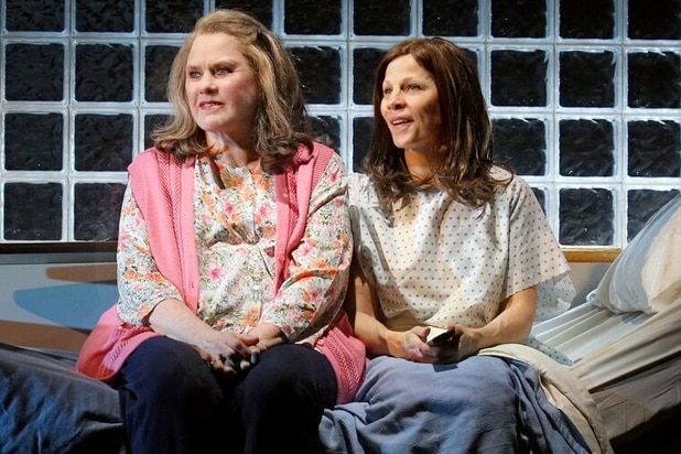 Marvin S Room Broadway Review Lili Taylor Earns Major