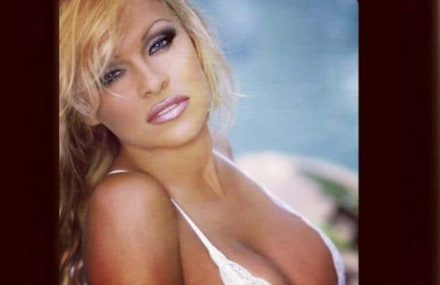 Nude images of pamela anderson-4083