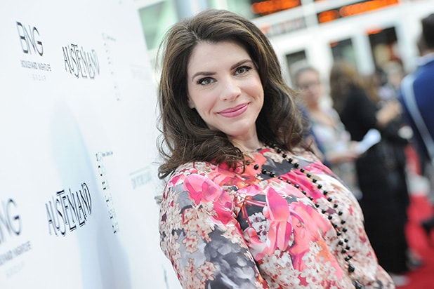 Twilight creator Stephenie Meyer bringing 'The Rook' to Starz
