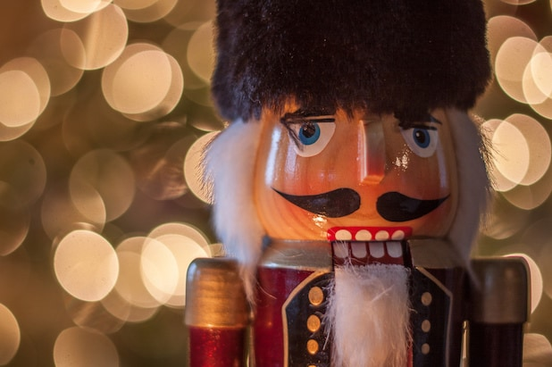 nutcracker and the four realms D23
