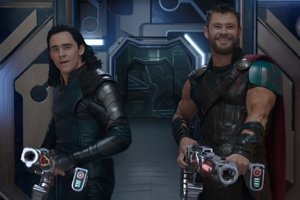 thor ragnarok trailer comic-con chris hemsworth tom hiddleston thor loki teamup