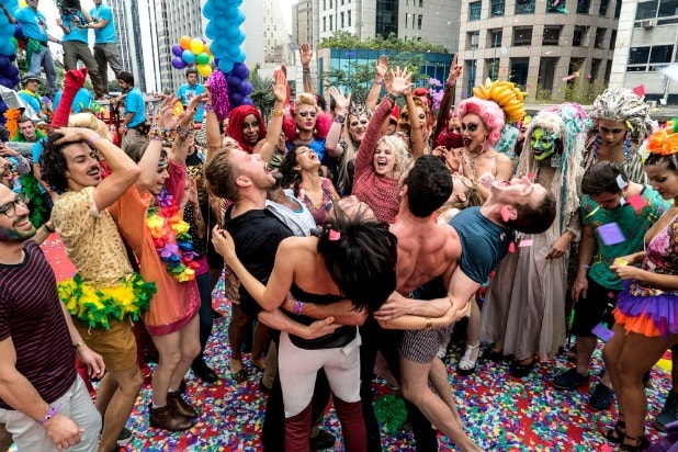 Sense8': Porn Site Says Wachowskis 'Intrigued' by Pitch for