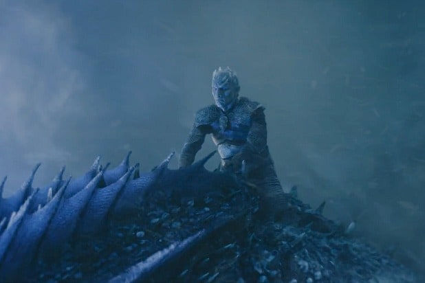 game of thrones night king dragon tearing down the wall