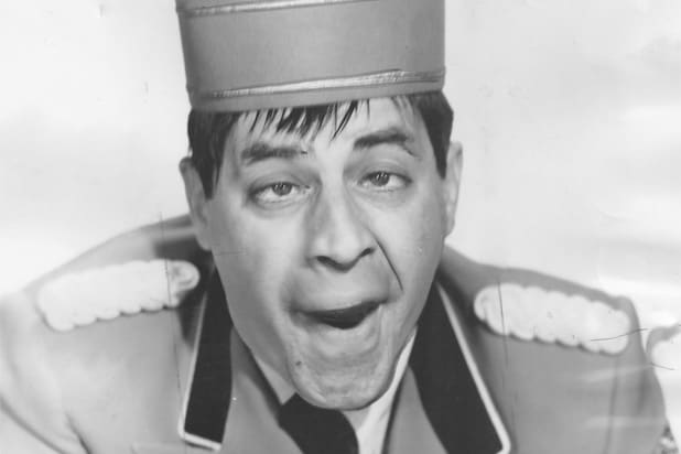jerry lewis bellboy