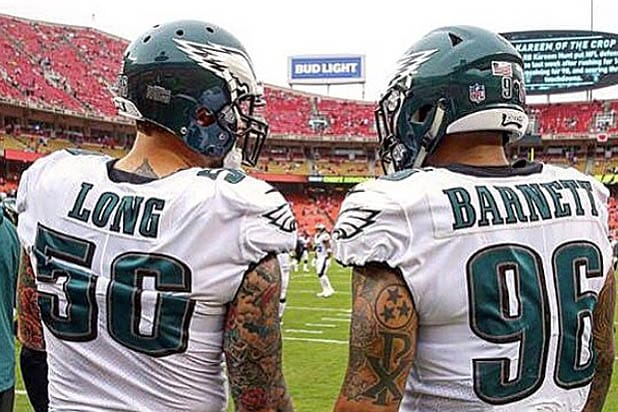 NFL Star Chris Long Donates His Pay Check for First 6 Games to ... 79b37401c