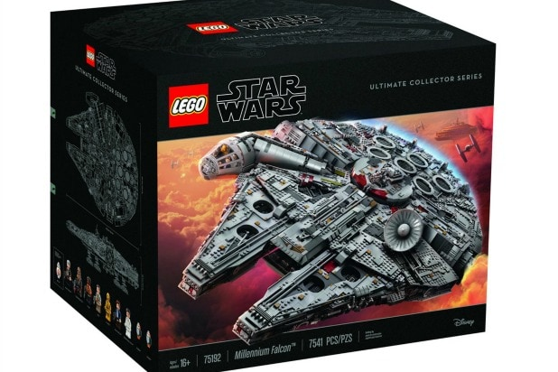 Millennium Falcon Lego Model