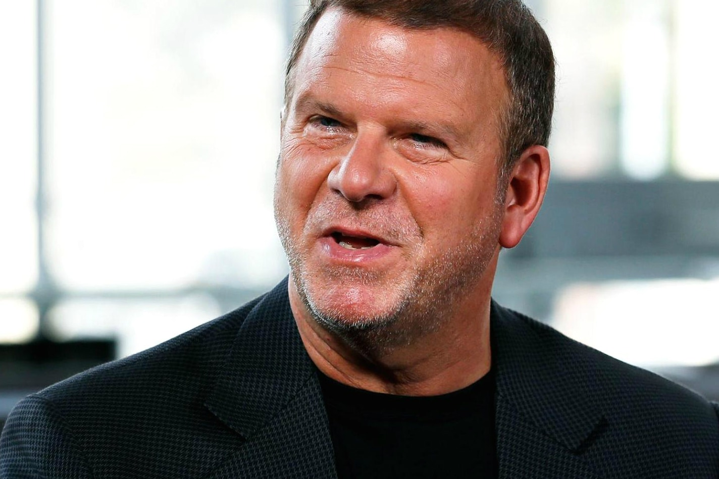 Restaurant, casino owner Tilman Fertitta to buy Houston Rockets from Leslie Alexander