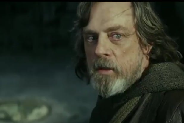 547a8aa0ae455 Here's Why the Luke Skywalker of 'Star Wars: The Last Jedi' Doesn't Feel  Like Luke (Commentary)