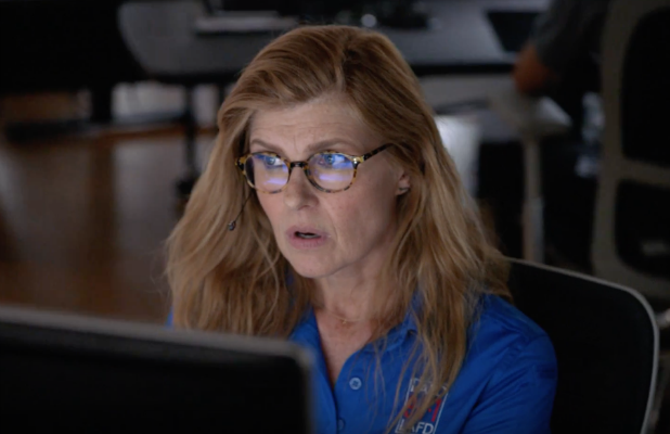 9 1 1 Chief Says Old Character Will Make Very Exciting Return Soon And It Might Be Connie Britton S Abby
