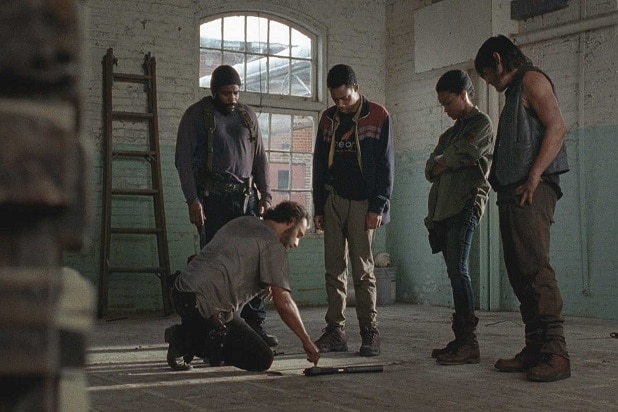 the walking dead key events clearing prison tyreese sasha season 3