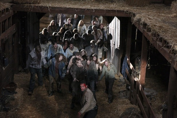 the walking dead key events walker hershel farm barn season 2