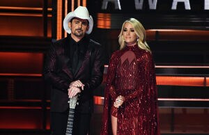 Brad Paisley Carrie Underwood CMA Awards