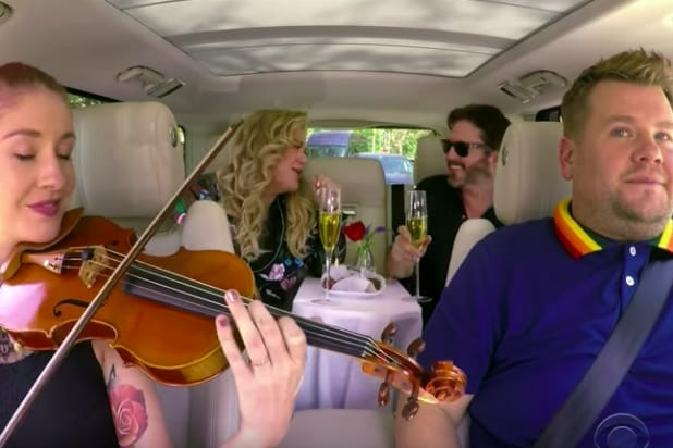 Kelly Clarkson joins James Corden for Carpool Karaoke