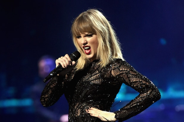 Quincy Jones Rips Taylor Swift: \'We Need More Songs ... Not Hooks\'