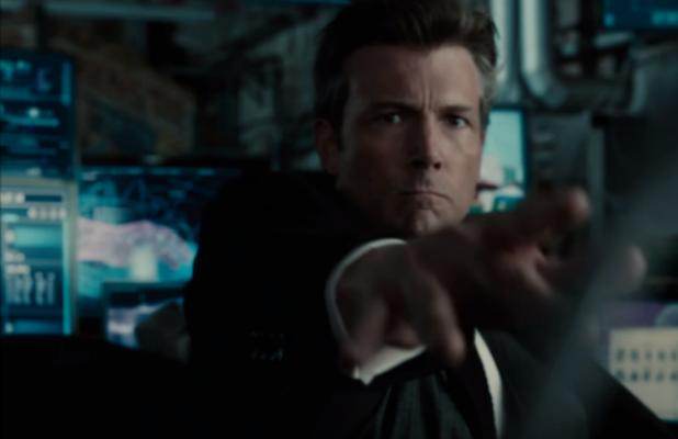 Justice League Ben Affleck Batarang