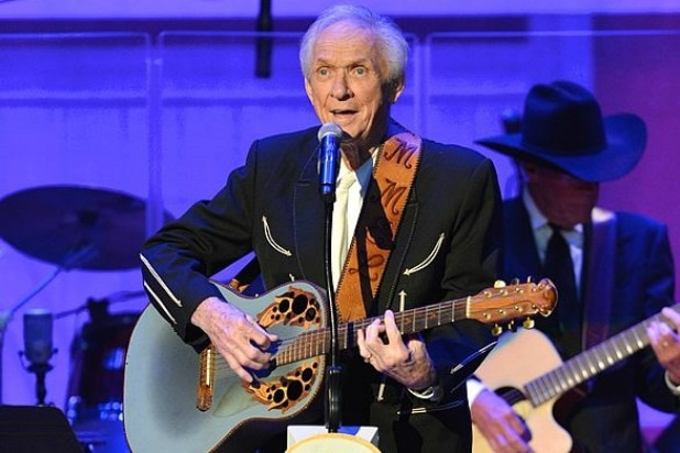 Mel Tillis Latest News, Photos, and Videos
