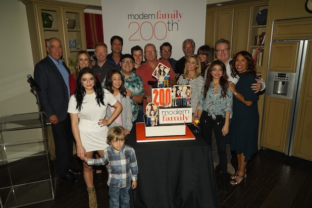 Modern Family 200th Episode