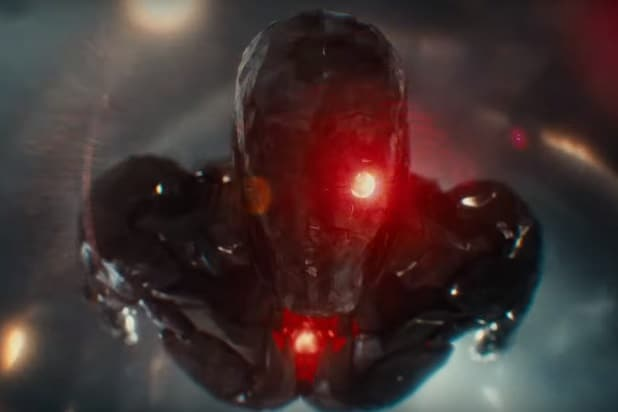15 Scenes in the 'Justice League' Trailers That Were Not in the Movie