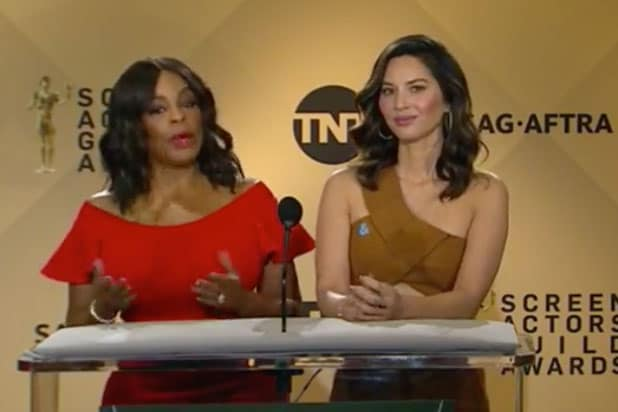 Olivia Munn Niecy Nash SAG Awards