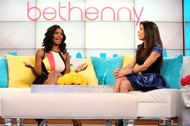 Bethenny Hosts Omarosa And Tracee Ellis Ross