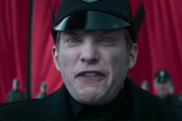 general hux domnhall gleeson star wars the force awakens