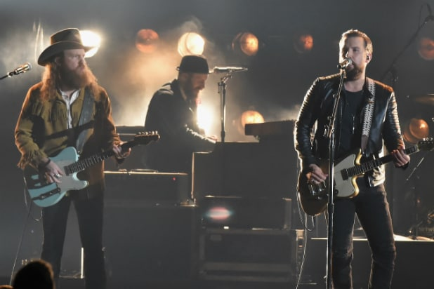 Eric Church, Maren Morris will honor Vegas shooting victims at Grammys