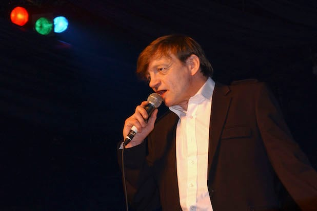 Mark E  Smith, Singer of The Fall, Dies at 60