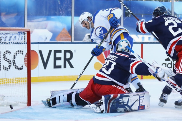 Henrik Lundqvist NHL Winter Classic