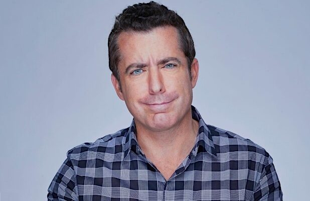 Jason Jones Takes 'The Detour' to Alaska… and Tussles With a Palin