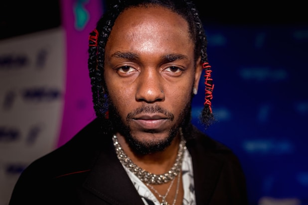 kendrick black single women Terry lourdes fires back at dark skin activist rashida strober defends kendrick lamar for his right to speak on beauty ideals impressed upon black women.