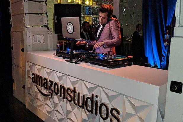 Mark Ronson DJ'ing Amazong Studios Globes Party - Mikey Glazer