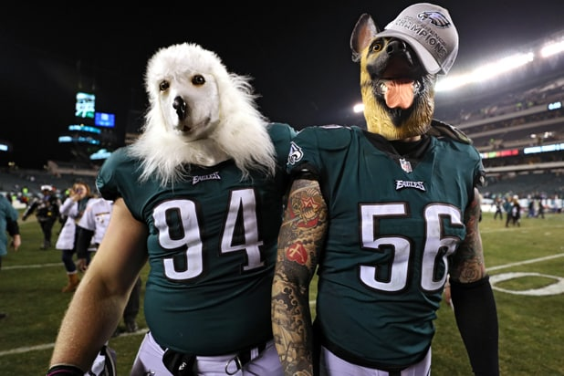 Philadelphia Eagles Beau Allen and Chris Long b0540e935