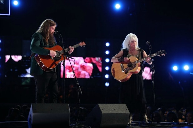 chris stapleton emmylou harris grammys