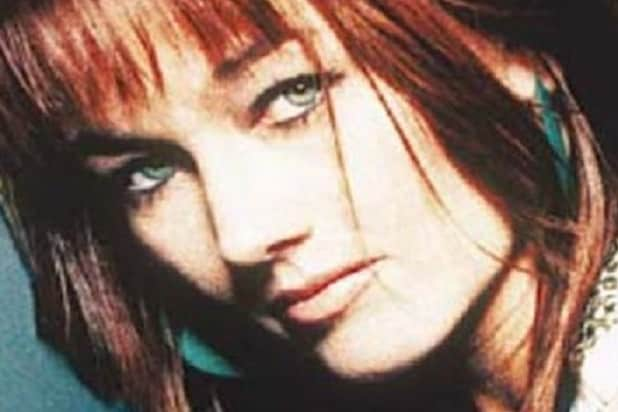 1710a8f0dc2f8 Lari White, Country Singer and 'Cast Away' Actress, Dies at 52 (Report)