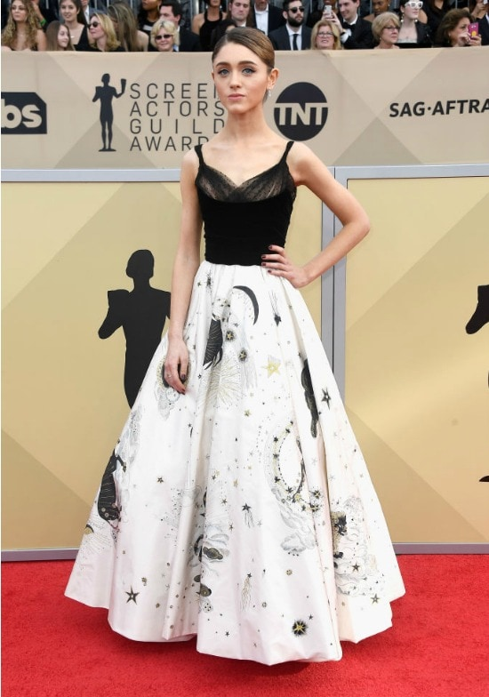 natalia deyer sag awards red carpet stranger things