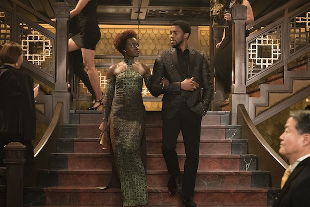 edd4f85f38e  Black Panther  Fans Go All-Out for Marvel Film s Opening Night