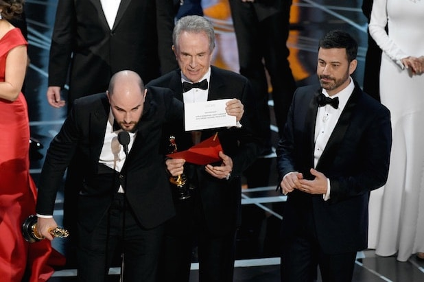 Oscars envelope fiasco
