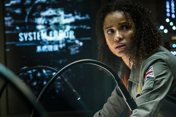 cloverfield paradox review roundup