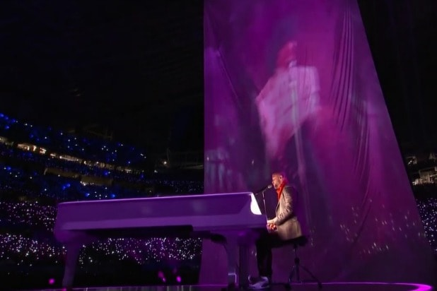 super bowl halftime show justin timberlake prince projection not hologram