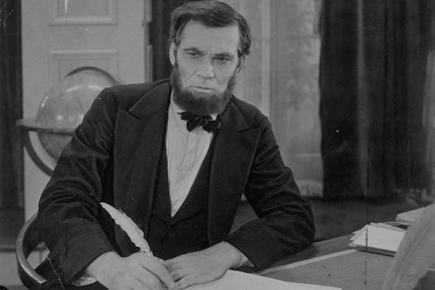 Walter Huston Abraham Lincoln