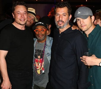 _0006_Marc Benioff, Elon Musk, Spike Lee, Guy Oseary and Ashton Kutcher pose for a photo at the Sound Ventures The Party