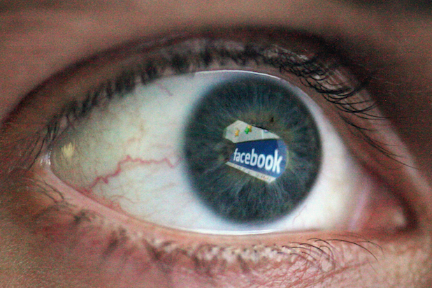 Facebook Eye Logo