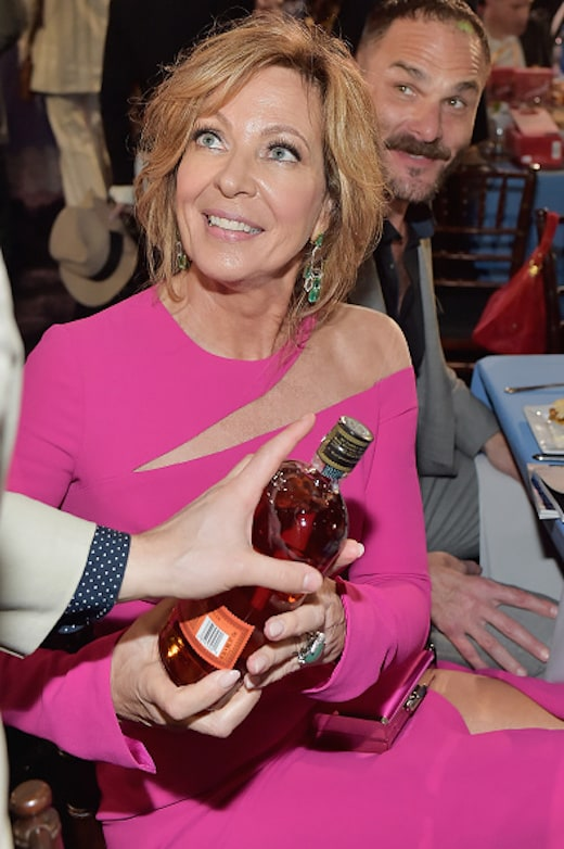 Allison Janney celebrated with a Bulleit cocktail at the Bulleit Frontier Works Whiskey Experience