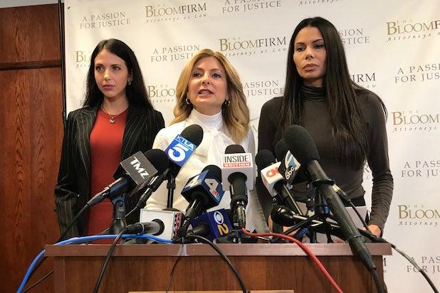 Lisa Bloom, Faviola Dadis, Regina Simons