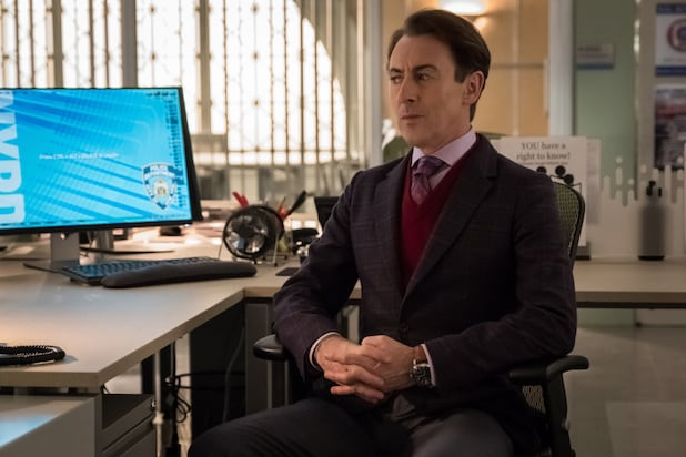 CBS' 'Instinct' Premiere Bests Sinking 'American Idol' in Viewers