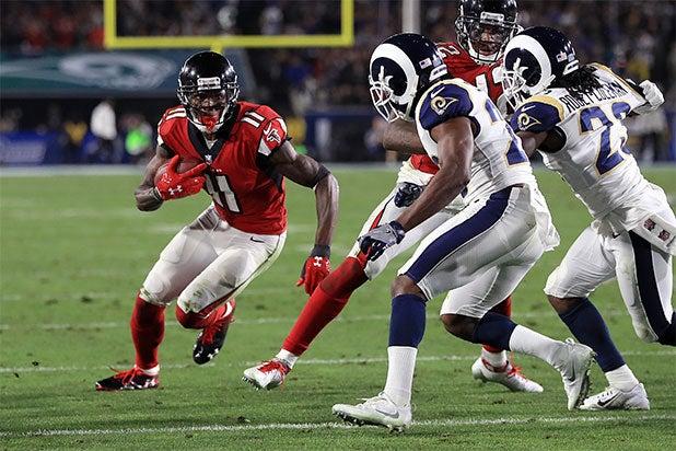 e8af2d08 Los Angeles Rams' Male Cheerleaders Make NFL History