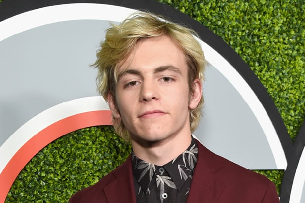 Netflix's 'Sabrina The Teenage Witch' Reboot Has Cast Its Harvey Kinkle