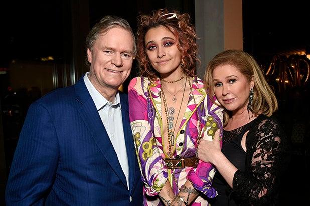 _0000_Rick Hilton, Paris Jackson, Kathy Hilton
